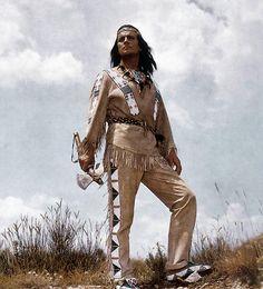 Auch über seien Tod hinaus wird er auf immer und ewig Winnetou, Häuptling der Apachen bleiben.