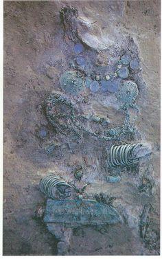 Viking age / a woman's grave / Finland / Luistari