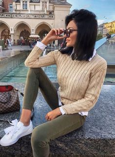 a13ef60fd76 How To Dress This Winter  30 Trendy Outfit Ideas