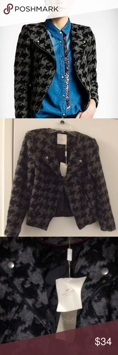 Anthropologie houndstooth jacket EU 40/6-8 Malou sander houndstooth jacket from Anthropologie, new with tags. This was bought in a London Anthropologie. Eu size 40, about a US size 8. . Anthropologie Jackets & Coats