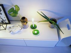 This fresh, delicious green color in Iittala's old production -- Nappi-candleholders -- is amazing!