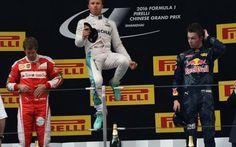 Gran Premio Cina: le interviste ai protagonisti La gara cinese ci ha offerto sprazzi di gara entusiasmanti, nonostante il dominio solitario della Mercedes di Nico Rosberg. Sentiamo il parere dei protagonisti che lo hanno vissuto in prima persona.  #f1 #gpcina #interviste