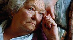 La disminución de la autoestima, la pérdida de placer por aquello que antes les resultaba motivante y los trastornos del sueño y el apetito, son algunos de los síntomas que presentan los adultos mayores que padecen esta enfermedad.