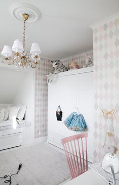 House of Philia Playroom Wallpaper, Kids Wallpaper, Wallpaper Ideas, Baby Bedroom, Girls Bedroom, Design Hall, House Of Philia, Cole Son, Cole And Son Wallpaper