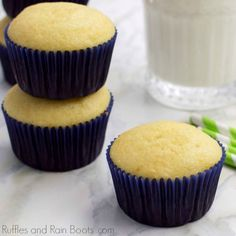 This lazy girl's easy vanilla cupcake recipe is one you need to have in your recipe box. It's the basic cupcake recipe to build on, so let's get started. Basic Cupcake Recipe, Best Vanilla Cupcake Recipe, Homemade Cupcake Recipes, Easy Vanilla Cupcakes, Cupcake Recipes For Kids, Cupcake Recipes From Scratch, Kid Cupcakes, Baking Recipes, Cupcake Cakes