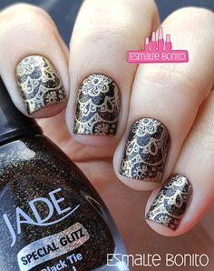 Black Tie Jade + Carimbada Dourada com Super Placa B Apipila Esmalte Bonito