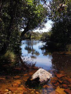 Dica de Destino   Chapada dos Veadeiros (GO) é destino certo para quem gosta de turismo de aventura, cachoeiras e belas paisagens do cerrado brasileiro. Conheça!   Foto: Lucas Pereira Ribeiro