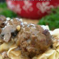 Salisbury Steak Meatballs and Noodles - Great Grub, Delicious Treats Ground Beef Meatballs, Salisbury Steak Meatballs, Meat Recipes, Cooking Recipes, Macaroni Recipes, Meatball Recipes, Yummy Recipes, Dinner Recipes