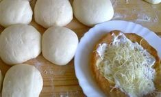 Hűtős lángos - tésztája eláll a hűtőben, mindig frissen sütheted! Mennyei ez a recept! Bread Recipes, Cake Recipes, Cooking Recipes, Food 52, Diy Food, Hungarian Recipes, Pasta Dishes, Bakery, Food And Drink