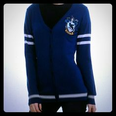 Ravenclaw Cardigan -All prices negotiable -No trades -Washed -Never worn -No flaws -Good condition -Reason for selling: impulse buy. I don't want it anymore and it's too late to return it. Hot Topic Sweaters Cardigans