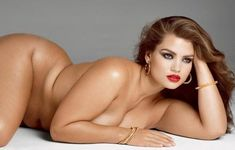 10 Incredibly Hot Women Who Are Larger Than A Size 12