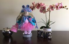 This is Carol! She likes pink and blue, and also she likes peonies! She will decorate your home as peonies would do. Handmade Items, Handmade Gifts, Knitted Dolls, Decorating Your Home, Peonies, Little Girls, Birthday Gifts, Knitting, Pink