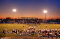 high school football & those friday night lights