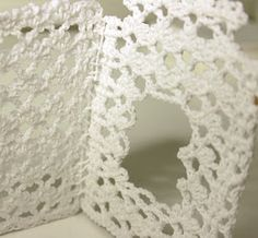 Knitting, Christmas Home, Log Projects, Christmas Houses, White People, Crochet Angels, Tricot, Breien, Stricken