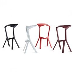 Miura Hocker Konstantin Grcic Blau I Design-Deli