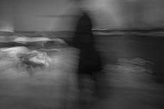 https://flic.kr/p/RSGoms | A Man Dressed in Black -Photo Healing Performance- (Mexico City. Gustavo Thomas © 2016) | Un hombre vestido de negro / A Man Dressed in Black  -Photo Healing Performance at ExTeresa Arte Actual-  (Mexico City, Mexico. #Photograph by Gustavo Thomas © 2016)