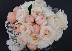 The very #beautiful bunch of #pink and #peach #flowers to complement the #bride's