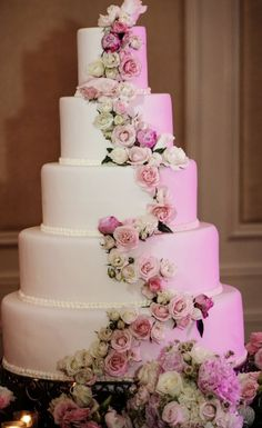 Wedding cake idea; Featured Photographer: Nadia D Photography