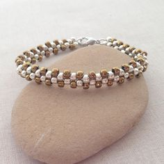 Lisa Yang's Jewelry Blog: 4 New Free Brick Stitch Beading Projects