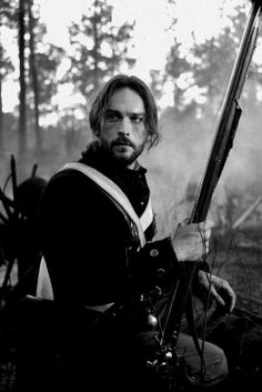 Tom Mison/Ichabod Crane - Sleepy Hollow This is why I started to watch the show; Tom Mison, Sleepy Hollow Tv Series, Legend Of Sleepy Hollow, Film Tim Burton, Mystery Date, Paget Brewster, Plus Tv, Fall Tv, Hemlock Grove