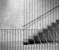 cantilevered handing staircase