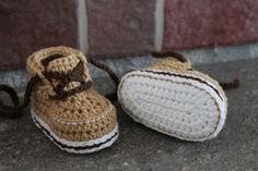 This listing is for the PATTERN only, not the finished product.  English Pattern designed by Inventorium. Includes instructions for sizes 3-6mos (4), 6-12mos (4.5), and 12-18mos (5). You will need a 3.5mm hook (E) or size needed to obtain gauge. You will also need two colors of worsted weight yarn (1 3/4 oz), with a small amount of contrast color in worsted weight. I recommend red heart soft aran.  All of my patterns are written in standard US terms! Difficulty: An intermediate understan...