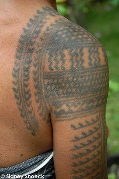 Kalinga tattoo pattern