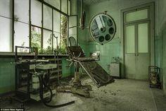 精神病院 - Google 検索