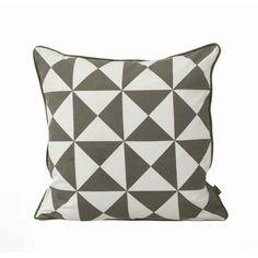 Large Geometry pute, grå i gruppen Tekstil / Pynteputer hos RUM21 AB (111023)