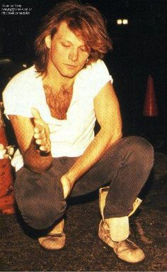 Jon Bon Jovi 1993 - another neat pic I've never seen until now (wish it was better quality, though )