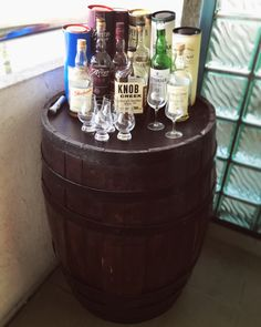 Small pack of Single Malts and one bourbon - let's empty a stock - whisky on a barrell
