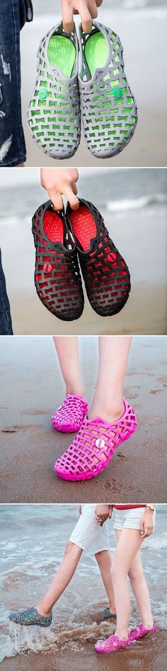 US$13.86 Big Size Breathable Hollow Out Pure Color Flat Casual Beach Sandals