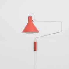 Hoogervorst for Anvia Paperclip Wall Lamp | Béton Brut