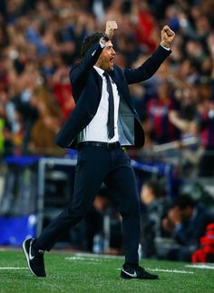 Luis Enrique manager of Barcelona celebrates as Neymar scores their first goal during the UEFA Champions League Quarter Final second leg match between FC Barcelona and Paris Saint-Germain at Camp Nou on April 21, 2015 in Barcelona, Catalonia.