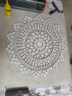 Mosaic Tile Art, Mosaic Pots, Mosaic Birds, Mosaic Artwork, Mosaic Diy, Mosaic Garden, Mosaic Crafts, Mosaic Projects, Mosaic Glass