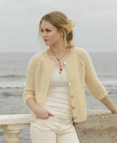 Le Conquet Free Knitting Pattern for a Raglan Jacket, Easy seed stitch jacket to knit for women.
