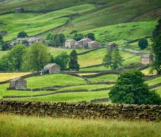 Great Places, Places To See, Beautiful Places, Beautiful Scenery, Life In The Uk, Uk Destinations, British Countryside, Yorkshire Dales, Great Britain