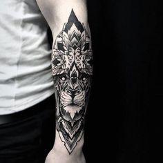 Tatuaje mandala leon
