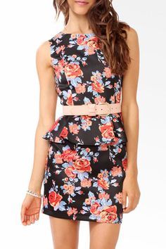 This is from Forever 21 so I know I should be hard-wired not to like it... but I kinda do.