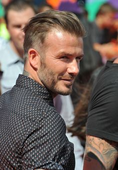 Not so many people who have become stars in the sports world have also managed to succeed in developing their personal style to the level, high enough to be referred to as a style icon. David Beckham is a pleasant exception. His sense of style and ability to mix wardrobe items to achieve harmonious casual …