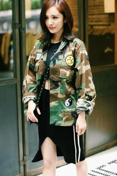 Camouflage-Jacket-Women-2016-Fall-Winter-Vintage-Army-Green-Patch-Design-Turn-Down-Collar-Casual-Loose.jpg (640×960)