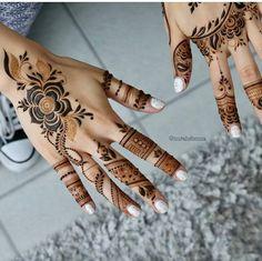 Cute Henna Designs, Finger Henna Designs, Arabic Henna Designs, Stylish Mehndi Designs, Bridal Henna Designs, Mehndi Designs For Fingers, Beautiful Henna Designs, Beautiful Mehndi, Mehandi Designs