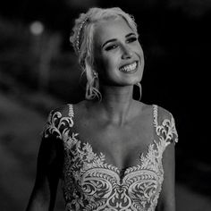 Happiest brides make the most beautiful brides, don't you agree? We cannot get enough of this gorgeous bride in her gown. The detail is simply impeccable 💍 . Couture Wedding Gowns, Designer Wedding Gowns, Post Wedding, Wedding Photos, Wedding Day, Beautiful Bride, Most Beautiful, Wedding Dress Shopping, Yes To The Dress