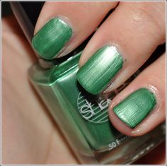 Barielle Snap Dragon Nail Polish