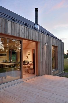 WOOD House Design Interior and Exterior Creative Ideas Modern House Ideas For You After leaving Modern Barn, Modern Farmhouse, Contemporary Barn, Farmhouse Style, Wood House Design, Wood Design, Design Design, House Extensions, House In The Woods