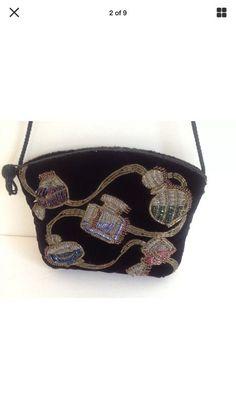 a5408a0814 Carolyne Barton Vintage Evening Velvet Purse for Sale in Houston