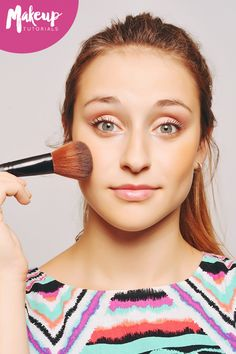 Sakura'sflat top makeup brush is perfect for medium to heavy coverage, without the caked on look. It's the only brush you need.