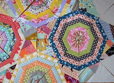 Maple Leaf Rag Quilt - I love that the pieces between the spider webs are scrappy too. Baby Patchwork Quilt, Patchwork Cushion, Crazy Patchwork, Boy Quilts, Star Quilts, Scrappy Quilts, Quilt Blocks, Rag Quilt Patterns, String Quilts