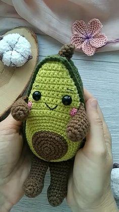 Crochet Pattern Free, Crochet Motifs, Crochet Animal Patterns, Crochet Patterns Amigurumi, Crochet Dolls, Crochet Stitches, African Flower Crochet Animals, Crotchet Animals, Crochet Food