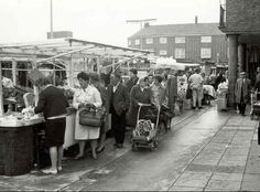 A Market near Wapping in East London England in the East End London, Old London, Street Image, Street View, London Market, London Calling, Promote Your Business, Best Cities, History Facts